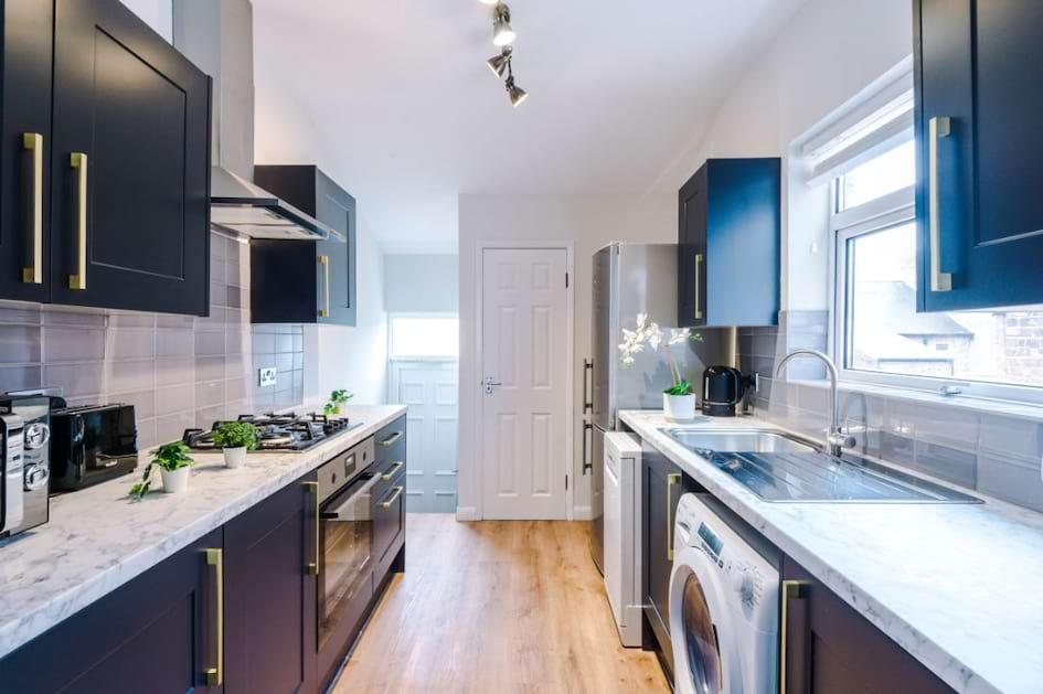 74GA - Kitchen