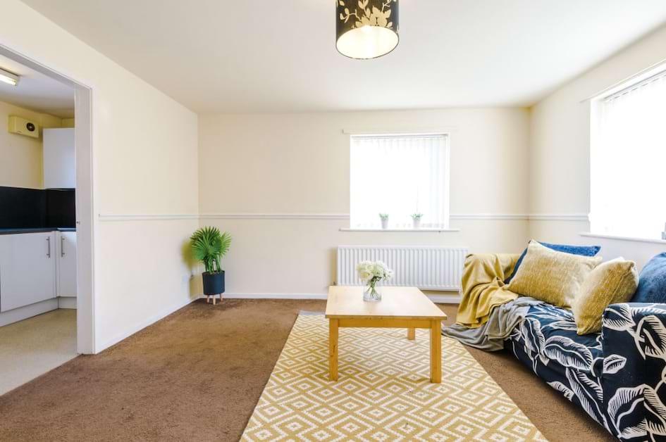 TC16 - Living Area