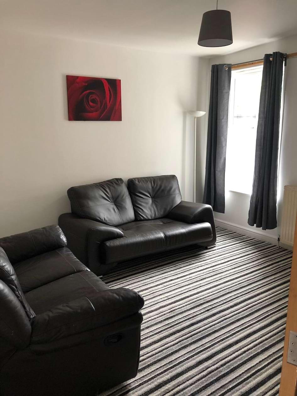 Lounge 2 (1)