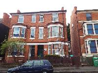 student house Hyson green